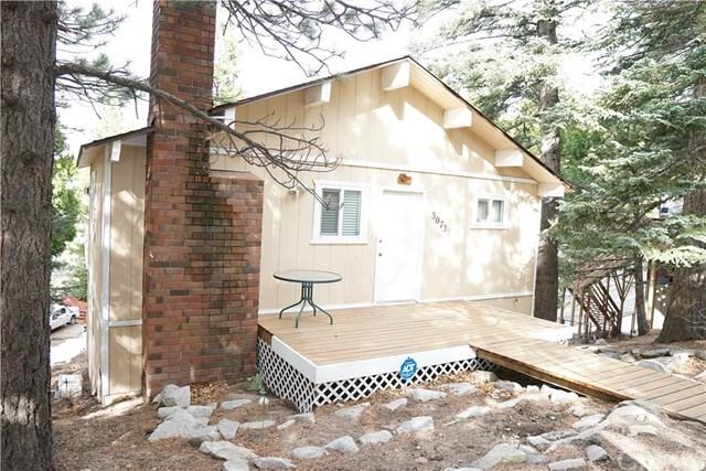 30735 Live Oak Drive, Running Springs Area, CA 92382 (#EV18288628) :: Kim Meeker Realty Group