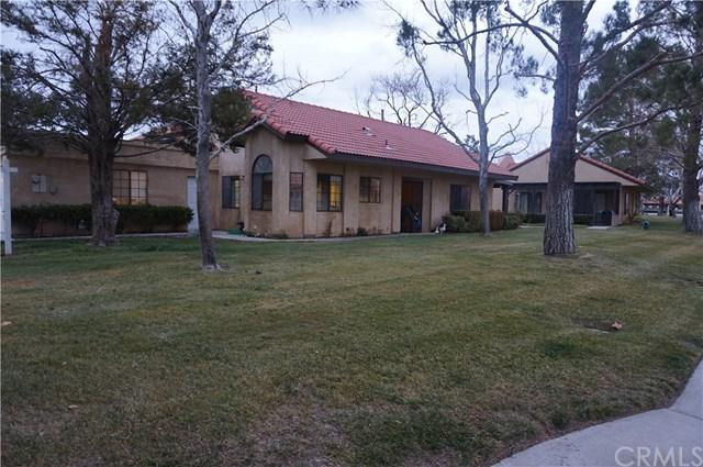 11673 Oak Street, Apple Valley, CA 92308 (#IG19010386) :: Mainstreet Realtors®