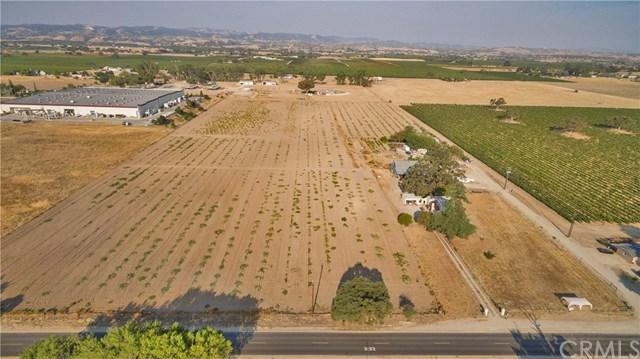 5175 Airport Road, Paso Robles, CA 93446 (#NS19010445) :: RE/MAX Parkside Real Estate