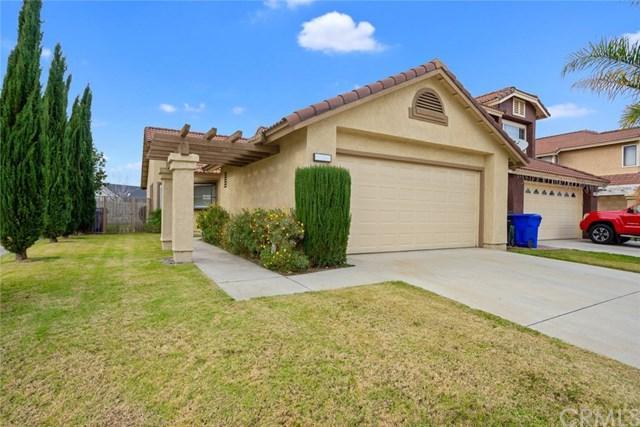 11776 Fernwood Avenue, Fontana, CA 92337 (#CV19010636) :: Mainstreet Realtors®