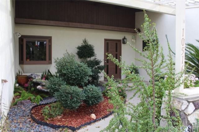 10516 Densmore Avenue, Granada Hills, CA 91344 (#SR19010716) :: California Realty Experts