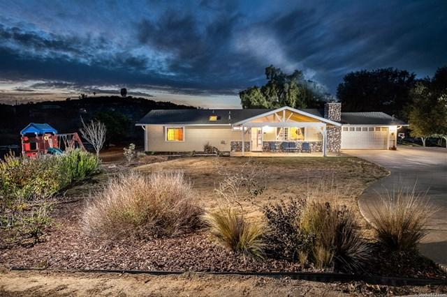16777 Lake Wohlford Lane, Valley Center, CA 92082 (#190003003) :: California Realty Experts