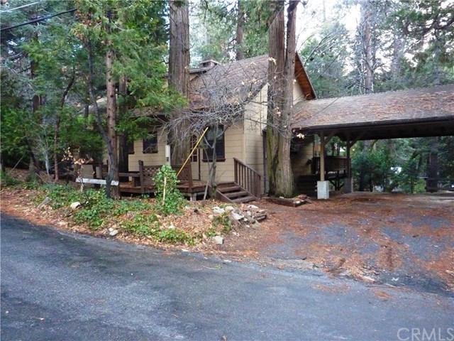 24833 Faulhorn Drive, Crestline, CA 92325 (#EV19009660) :: California Realty Experts