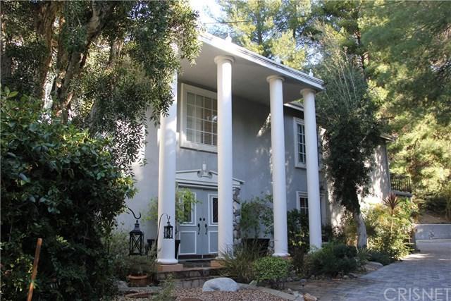 16651 Calneva Drive, Encino, CA 91436 (#SR19011487) :: Fred Sed Group