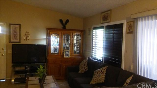 5701 Sexton Lane, Riverside, CA 92509 (#SW19012096) :: Mainstreet Realtors®