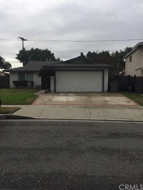 1864 E Denwall Drive, Carson, CA 90746 (#DW19012204) :: RE/MAX Empire Properties