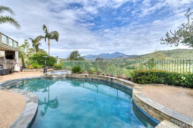 32 Barneburg, Rancho Santa Margarita, CA 92679 (#OC19011817) :: Berkshire Hathaway Home Services California Properties