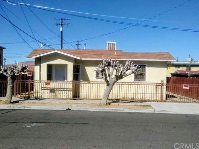 113 E White Street, Barstow, CA 92311 (#DW19012303) :: California Realty Experts