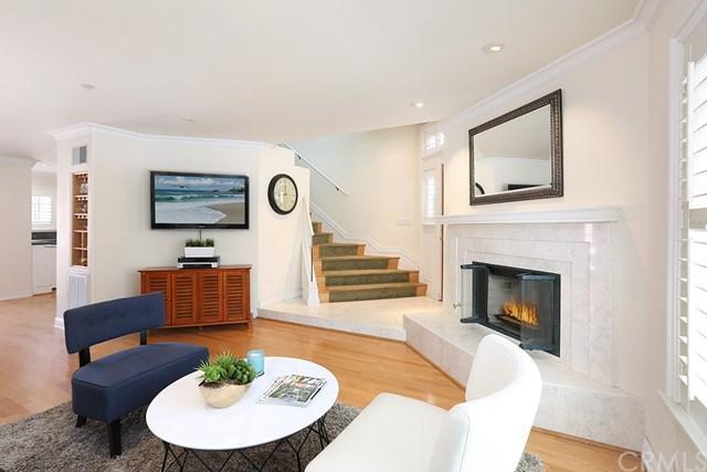 315 Cypress, Newport Beach, CA 92661 (#NP19012452) :: Mainstreet Realtors®