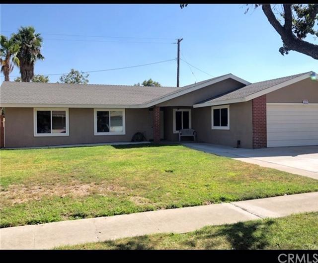 875 W Rosewood Street, Rialto, CA 92376 (#CV19012523) :: Realty ONE Group Empire