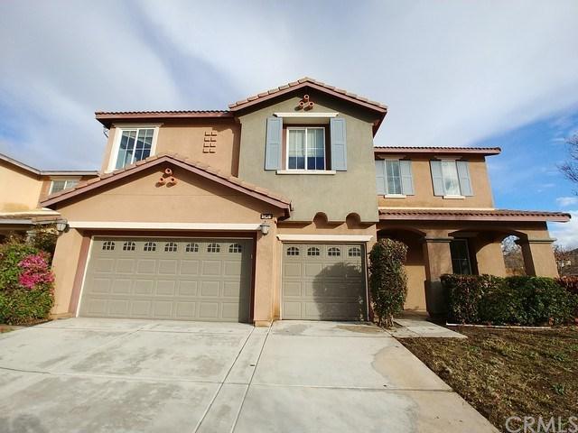 6974 Highland Drive, Eastvale, CA 92880 (#IG19012522) :: The DeBonis Team