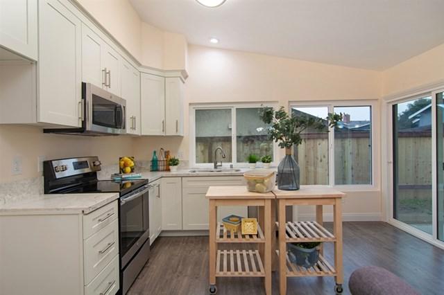 1278 Moraea St, San Diego, CA 92114 (#190003379) :: Pam Spadafore & Associates