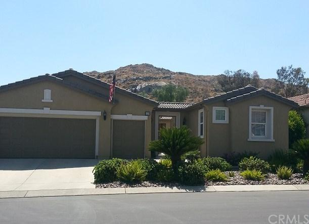 449 Garcia Drive, Hemet, CA 92545 (#PI19012665) :: The DeBonis Team