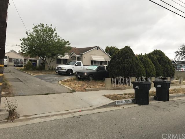 22042 Normandie Avenue, Torrance, CA 90502 (#SB19011891) :: Barnett Renderos