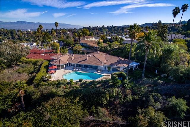 3973 Westfall Drive, Encino, CA 91436 (#SR19010908) :: Fred Sed Group