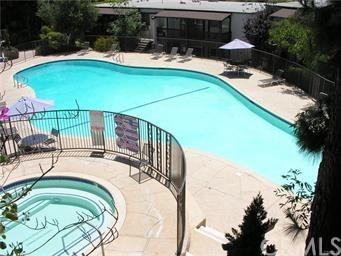 302 S Miraleste Drive #16, San Pedro, CA 90732 (#PV19012062) :: RE/MAX Empire Properties