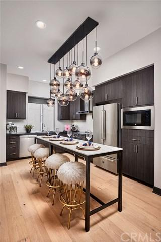 365 East Broadway, Long Beach, CA 90802 (#OC19013009) :: RE/MAX Empire Properties