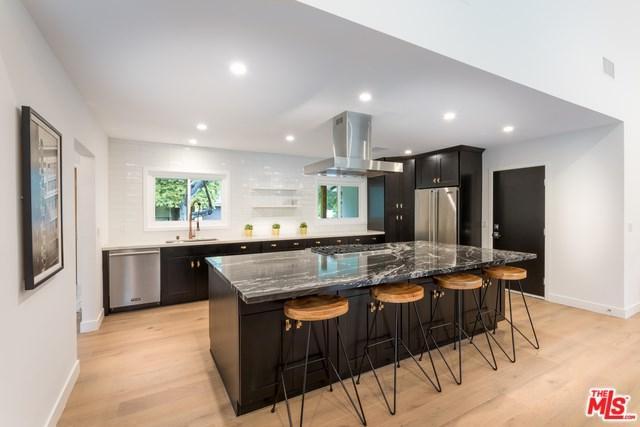 23750 Albers Street, Woodland Hills, CA 91367 (#19424526) :: Kim Meeker Realty Group