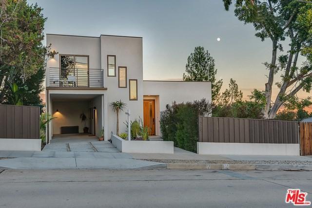 423 Canyon Vista Drive, Los Angeles (City), CA 90065 (#19424878) :: Pam Spadafore & Associates