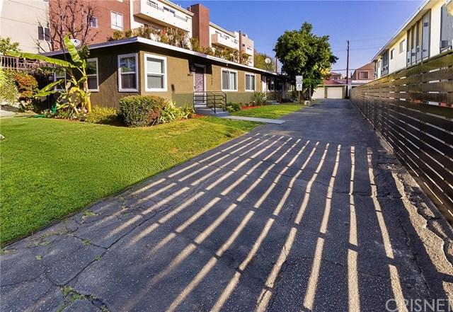 10941 Bloomfield Street, North Hollywood, CA 91602 (#SR19010384) :: California Realty Experts