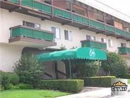 5460 White Oak Avenue E227, Encino, CA 91316 (#SR19013146) :: Fred Sed Group