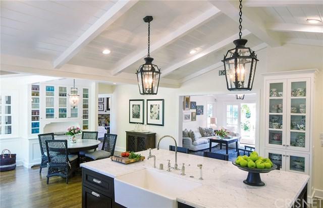 20643 De Forest Street, Woodland Hills, CA 91364 (#SR19013300) :: Kim Meeker Realty Group