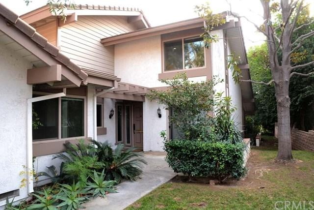 842 Via Zapata, Riverside, CA 92507 (#IV19011911) :: The DeBonis Team