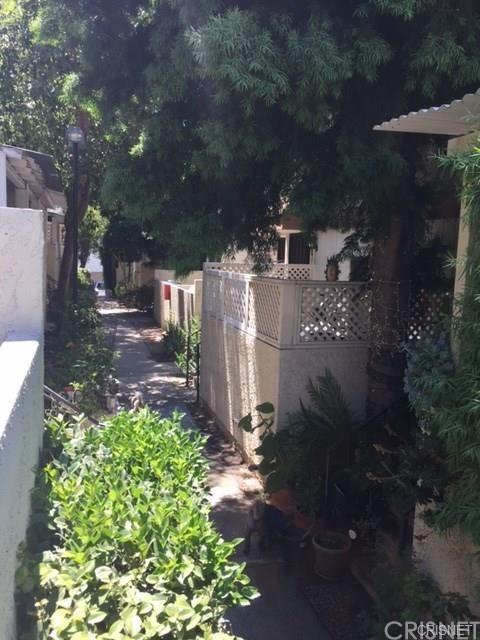 13080 Dronfield Avenue #78, Sylmar, CA 91342 (#SR19012566) :: Pam Spadafore & Associates