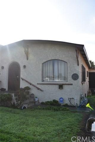 130 E Colden Avenue, Los Angeles (City), CA 90003 (#DW19013700) :: Barnett Renderos