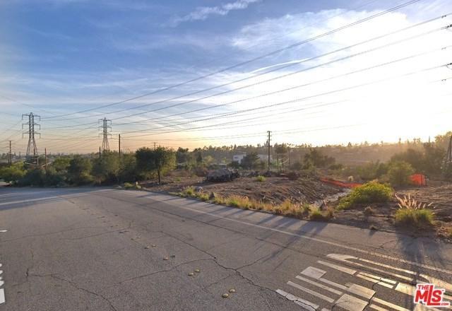 2810 Eaton Canyon Drive, Pasadena, CA 91107 (#19425018) :: Mainstreet Realtors®