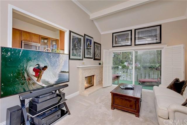 8206 Bridgepoint Drive #202, Huntington Beach, CA 92646 (#OC19012391) :: Scott J. Miller Team/RE/MAX Fine Homes