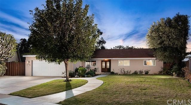 13701 Wheeler Place, North Tustin, CA 92780 (#PW19010978) :: Hart Coastal Group