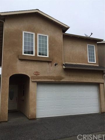15735 Wyandotte Street B, Van Nuys, CA 91406 (#SR19010779) :: Impact Real Estate