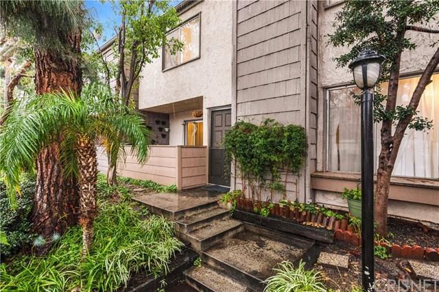 18316 Hatteras Street #1, Tarzana, CA 91356 (#SR19010726) :: Impact Real Estate