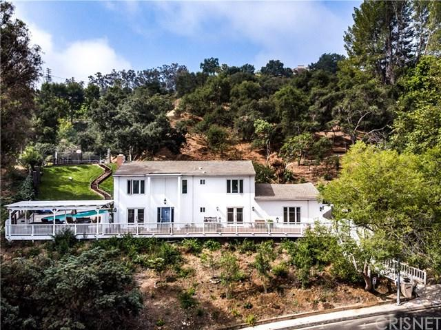 16434 Royal Hills Drive, Encino, CA 91436 (#SR19013794) :: Fred Sed Group