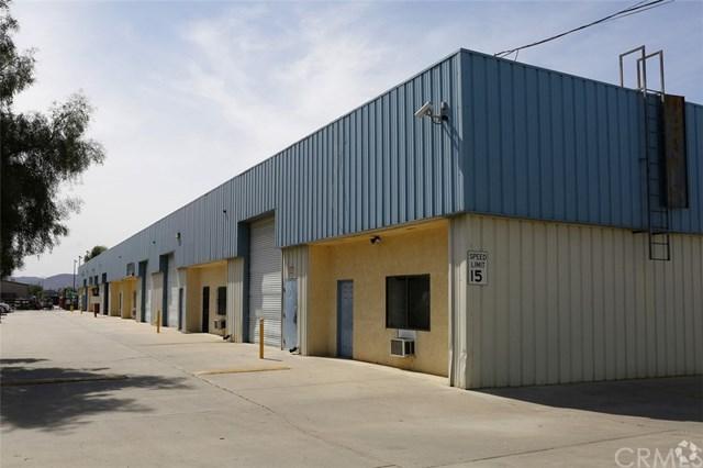 1215 S Buena Vista Street J, San Jacinto, CA 92583 (#SW18290366) :: Vogler Feigen Realty