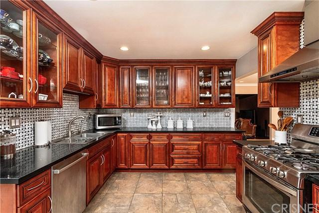 7747 Irvine Avenue, North Hollywood, CA 91605 (#SR19014222) :: California Realty Experts