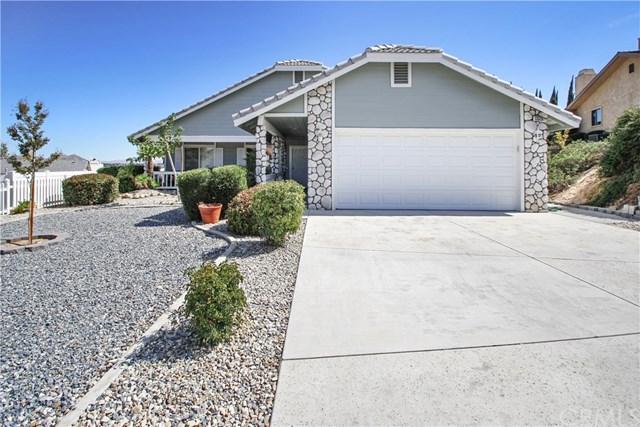 13325 Tamarisk Road, Victorville, CA 92395 (#CV19014236) :: Allison James Estates and Homes