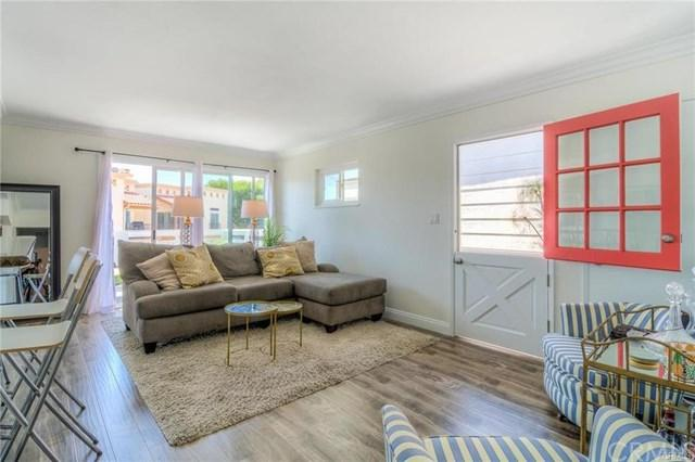 611 Clubhouse, Newport Beach, CA 92663 (#NP19014273) :: Impact Real Estate