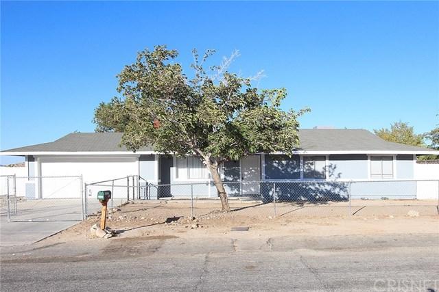 16523 Mackennas Gold Avenue, Palmdale, CA 93591 (#SR19014559) :: Allison James Estates and Homes