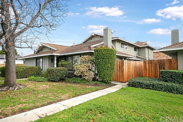 2459 Deodar Street #2, Santa Ana, CA 92705 (#OC19014556) :: Allison James Estates and Homes