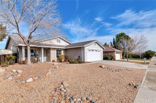 14450 Cedar Street, Hesperia, CA 92344 (#PW19014688) :: Allison James Estates and Homes