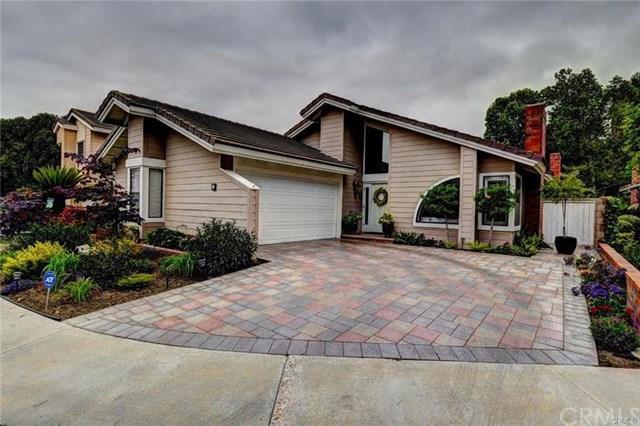 3 Recinto, Irvine, CA 92620 (#OC19009131) :: Berkshire Hathaway Home Services California Properties