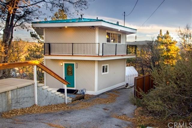 1127 Ridge Road, Fawnskin, CA 92333 (#EV19013428) :: The Laffins Real Estate Team