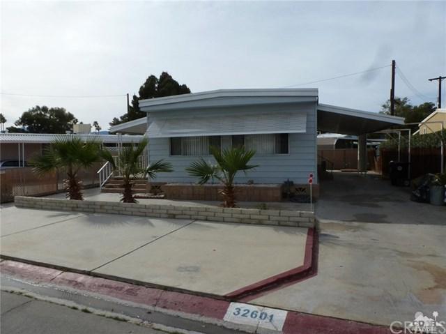 32601 Desert Moon Drive, Thousand Palms, CA 92276 (#219002307DA) :: California Realty Experts