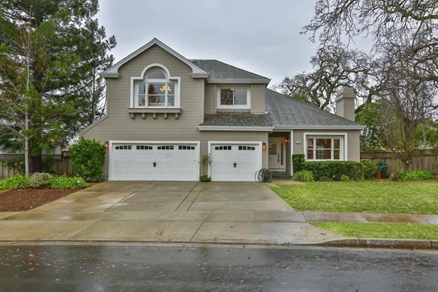 10902 Wilkinson Avenue, Cupertino, CA 95014 (#ML81735908) :: California Realty Experts