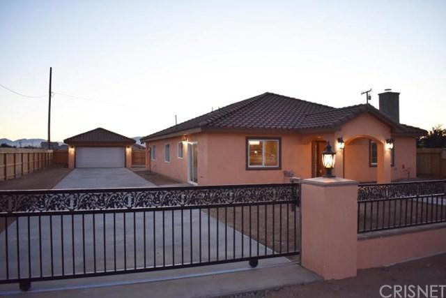 20025 Hacienda Boulevard, California City, CA 93505 (#SR19014983) :: RE/MAX Parkside Real Estate