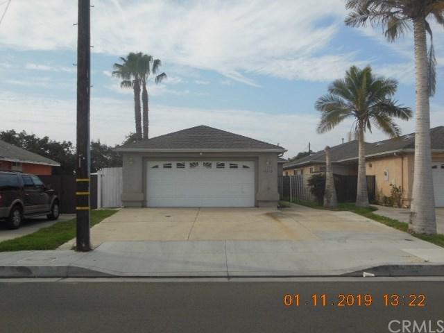 10915 Gilbert Street, Anaheim, CA 92804 (#PW19015033) :: Allison James Estates and Homes