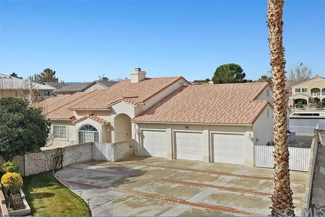 13201 Sea Gull Drive, Victorville, CA 92395 (#PW19015328) :: California Realty Experts