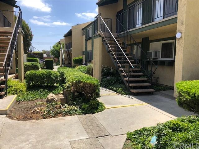 21606 Belshire Avenue #5, Hawaiian Gardens, CA 90716 (#PW19015245) :: Team Tami